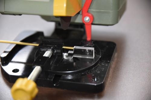 寸法カット冶具